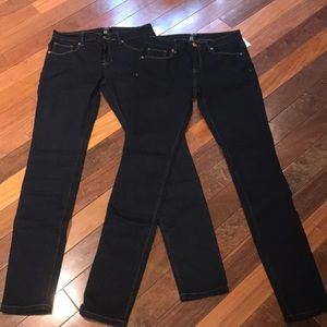 2 Pairs of NWT Size 28 Forever 21 Skinny Jeans